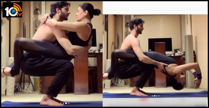 Sushmita Sen And Rohman Shawl Couple Yoga
