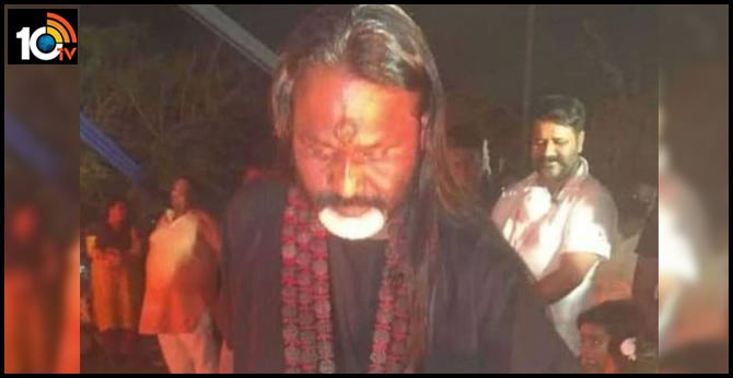 godman daati maharaj arrested for violating coronavirus lockdown