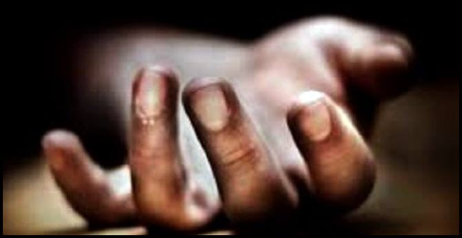accused person commits suicide in manthani police station bathroom