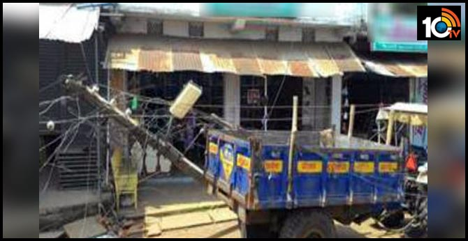 11LABORERS DIED IN PARAKASAM DISTRICT ROAD ACCIDENT