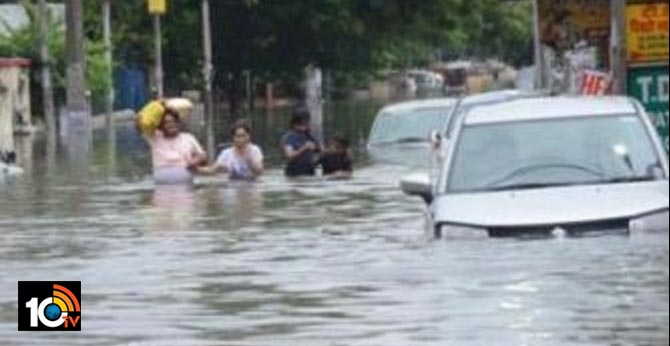 Are there floods in Hyderabad?  city-based University of Hyderabad (UoH)