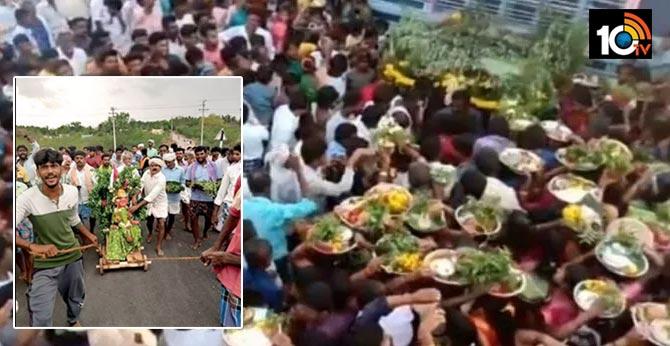 Karnataka villagers pray to coronamma to leave