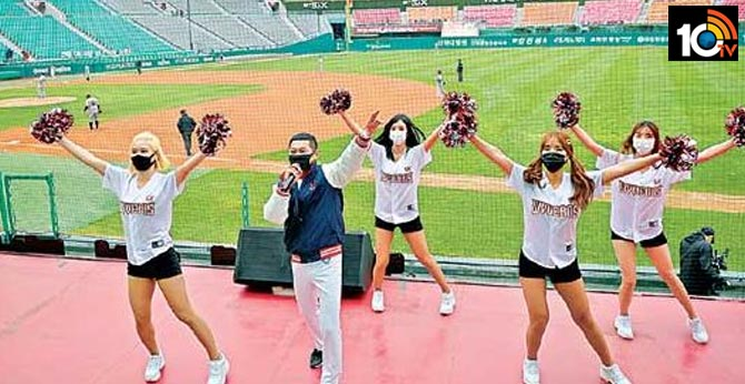 Korean Baseball League officially opens