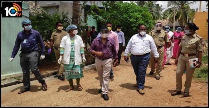 corona positive to chef, marriage party sent quarantine, karnataka state