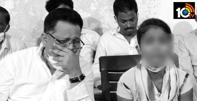 16 Years girl rescued by former mp in odisha