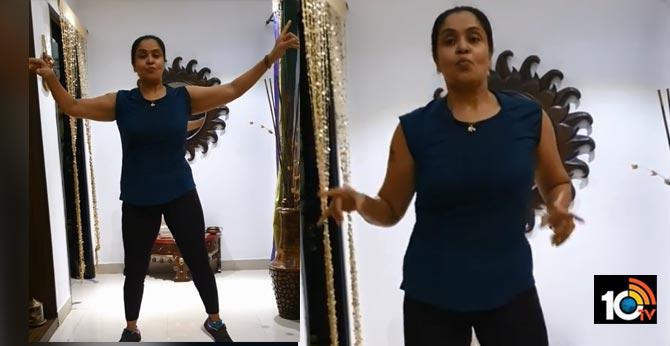 Actress Pragathi Kirak Dance Video Viral