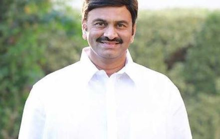 YSRCP issued showcause notice to mp raghurama, counters facing from same party leaders
