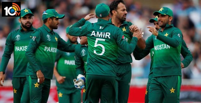 Corona virus positive for 10 players in the Pakistan cricket team