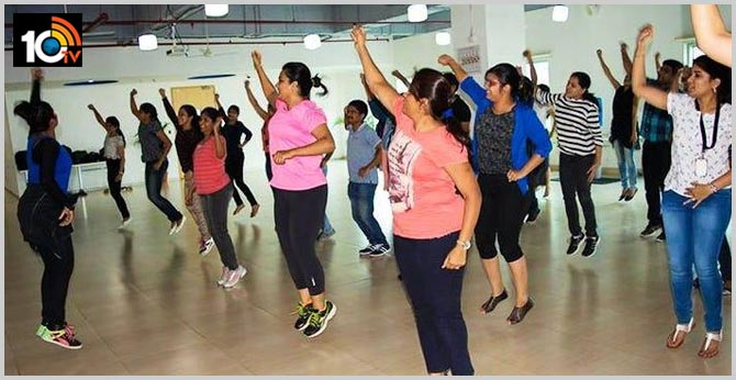 New Trict to Cheating with name of Jumba Dance in Hyderabad, Gacchibowli police arrested them