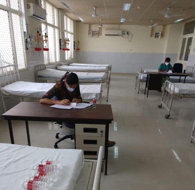 2 Covid-19 positive nurses in Punjab appear for exam from isolation ward