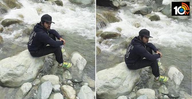 Ram Charan Shares haridwar of his picture in social media viral