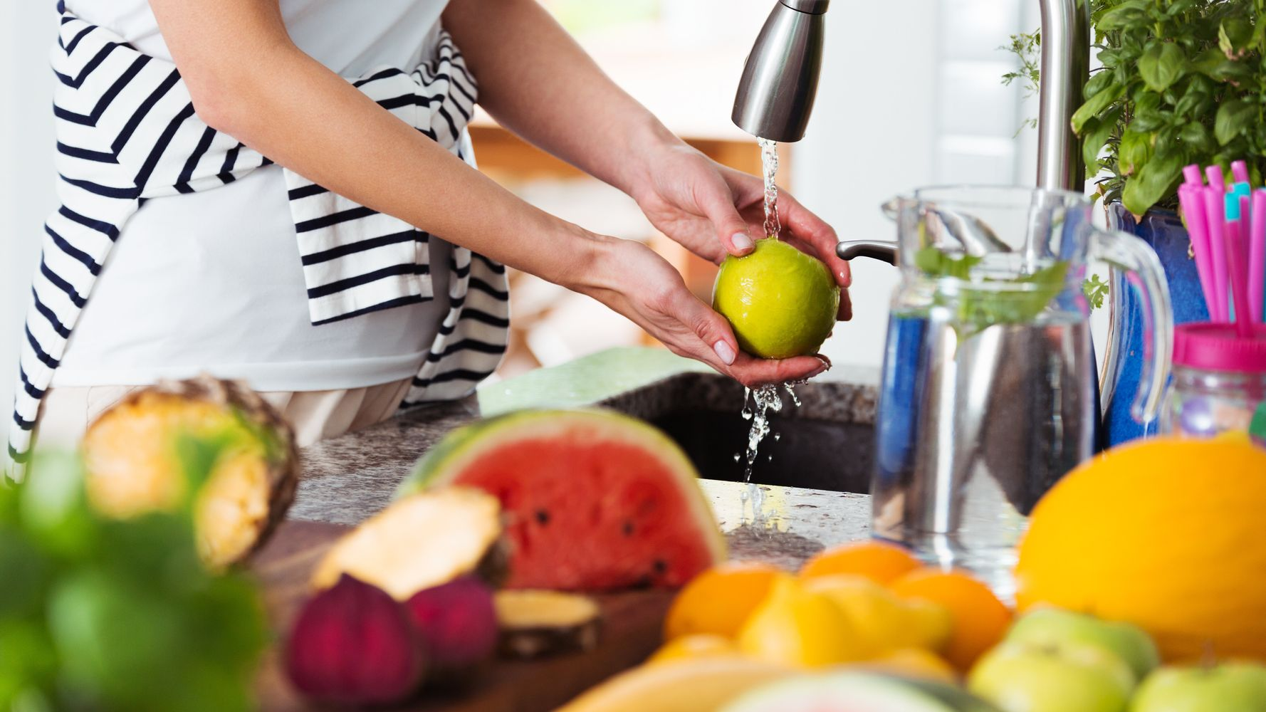 How to Wash Fruits and Vegetables: A Complete Guide
