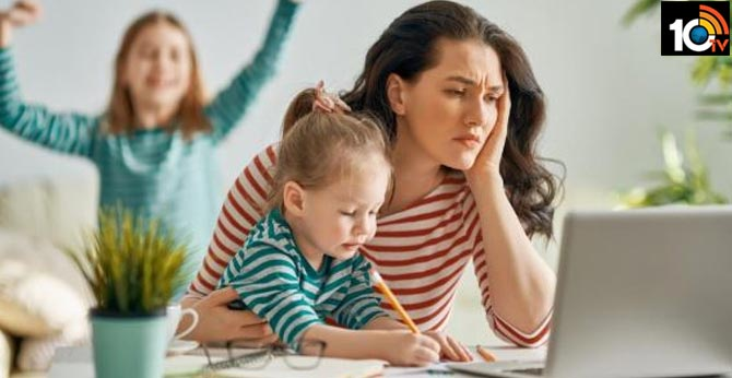 Corona effect: See how Parents can suffering problems with online classes