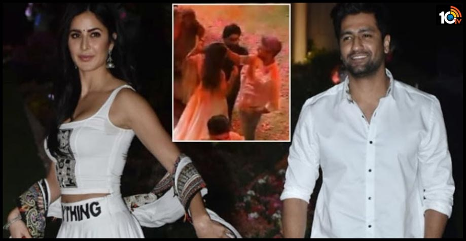 nick-jonas-accidentally-records-a-video-of-vicky-kaushal-and-katrina-kaif-dancing-together-at-ambani-holi-bash