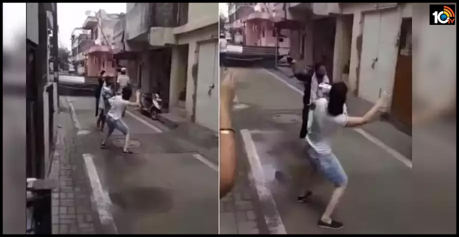 she-danced-to-welcome-her-sister-home-after-she-beat-covid-19their-celebration-is-viral