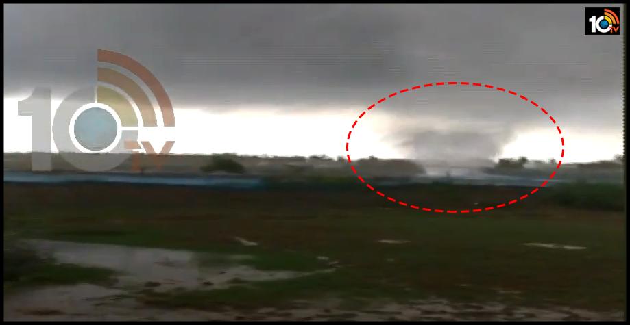 tornado-witnessed-in-east-godavari-yanam-shrimp-pond