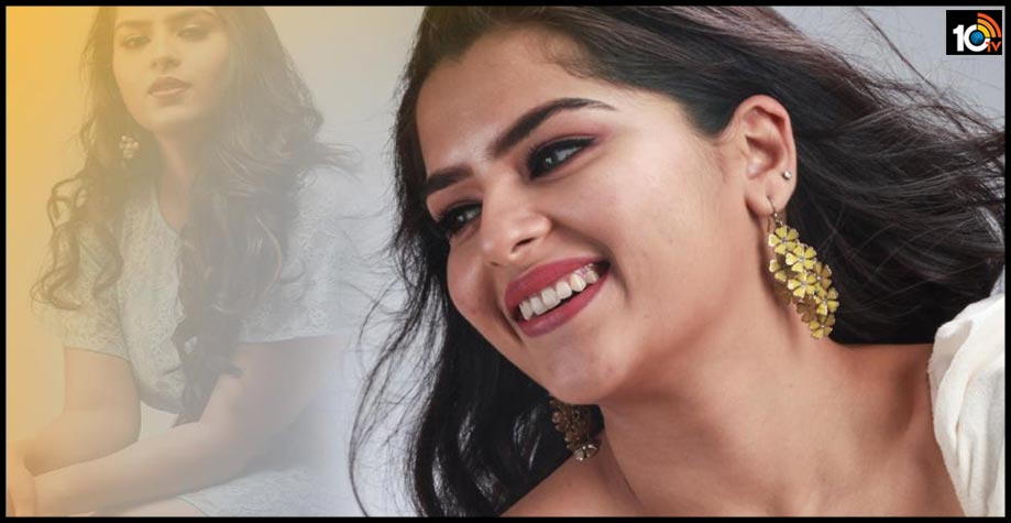 vallanki-pitta-song-fame-beautiful-actress-kavya-want-re-entry-in-tollywood