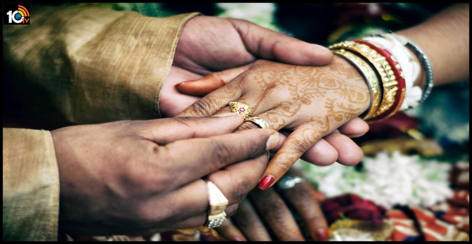 ap-anantapur-groom-escaped-from-marriage-with-fake-covid-result1