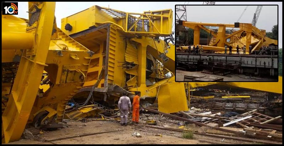 crane-accident-hindustan-shipyard-at-visakhapatnam-6-died1