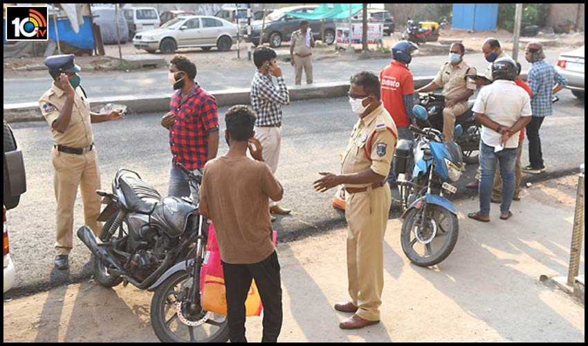 hyderabad-police-fine-bike-sircilla-town