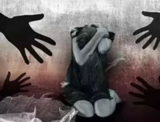 Delhi ...17 years old girl gang raped at knifepoint by three men