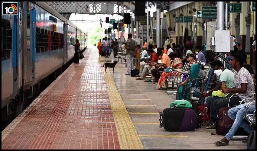railways-to-include-user-fee-in-train-fares-for-redeveloped-stations-with-high-footfall1