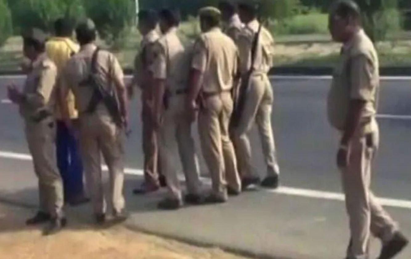 Mumbai, Bihar cops
