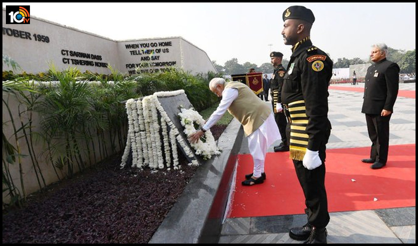 Police Commemoration Day : విధి నిర్వహణలో అమరులైన పోలీసులకు మోడీ,షా నివాళి