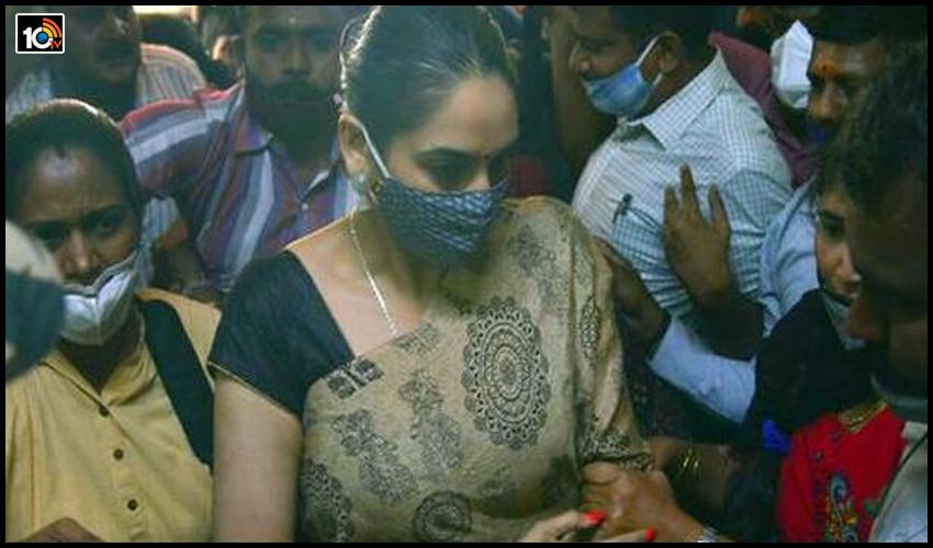 sandalwood-drugs-case-ragini-dwivedi-files-plea-for-treatment-at-private-hospital1