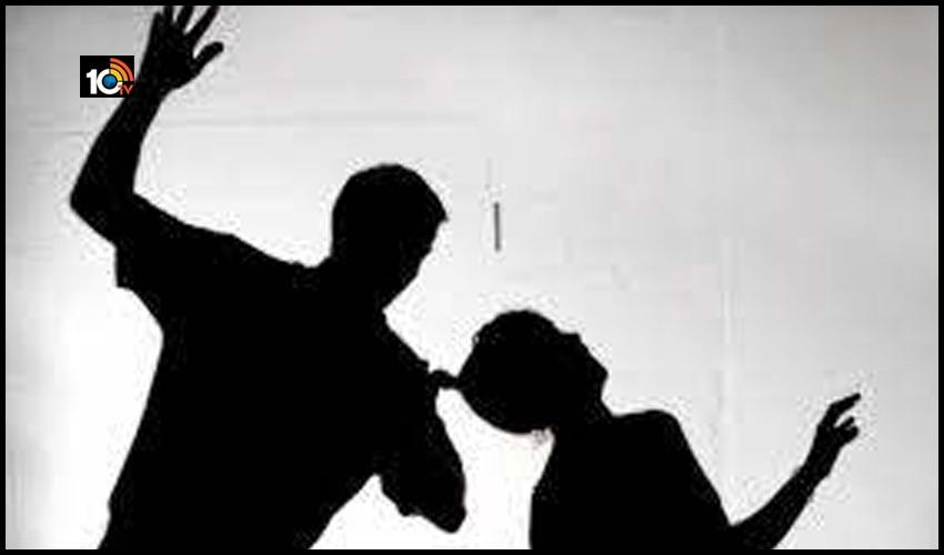 ఉద్యోగం కోసం కన్న తండ్రిని చంపిన కిరాతకుడు