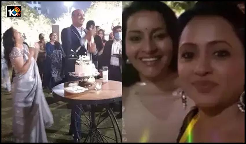 ఫుల్ ఖుషీగా సింగర్ సునీత ప్రీ వెడ్డింగ్..