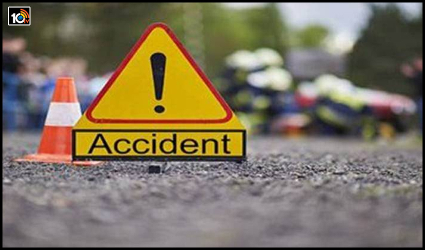five-andhra-youths-killed-in-road-accident-at-hyderabadgachibowliwipro-junction