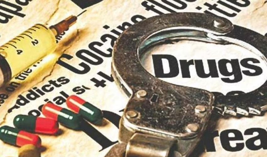 https://10tv.in/movies/excise-department-chargesheet-in-tollywood-drugs-case-clean-chit-to-celebrities-278504.html