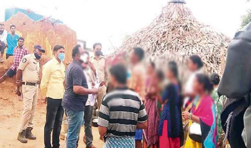 https://10tv.in/crime/minor-girls-were-tricked-into-teaching-kabaddi-and-taken-to-gardens-in-visakhapatnam-district-277341.html