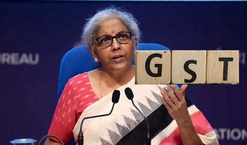 https://10tv.in/national/wasnt-time-to-bring-petrol-diesel-under-gst-nirmala-sitharaman-277437.html