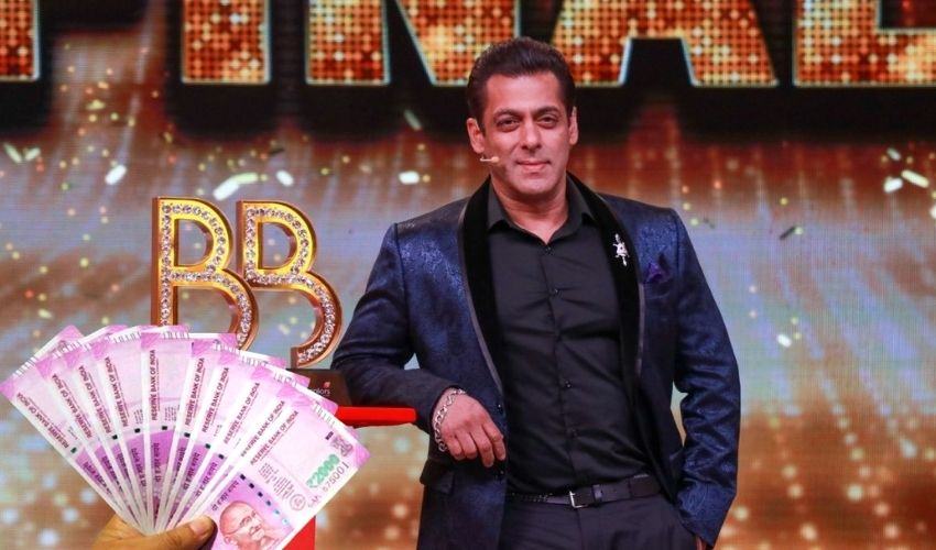 https://10tv.in/movies/bigg-boss-15-salman-khan-to-be-paid-rs-350-crore-for-14-weeks-of-hosting-278348.html